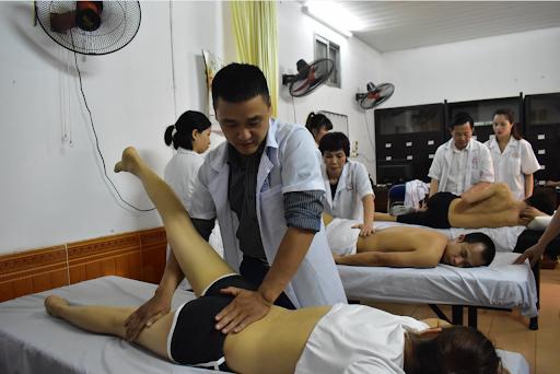 Dịch vụ xoa bóp bấm huyệt tại nhà ở Hà Nội hiệu quả giá rẻ